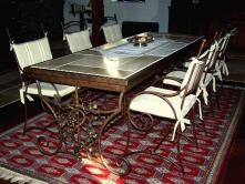 smeedijzeren tafel
