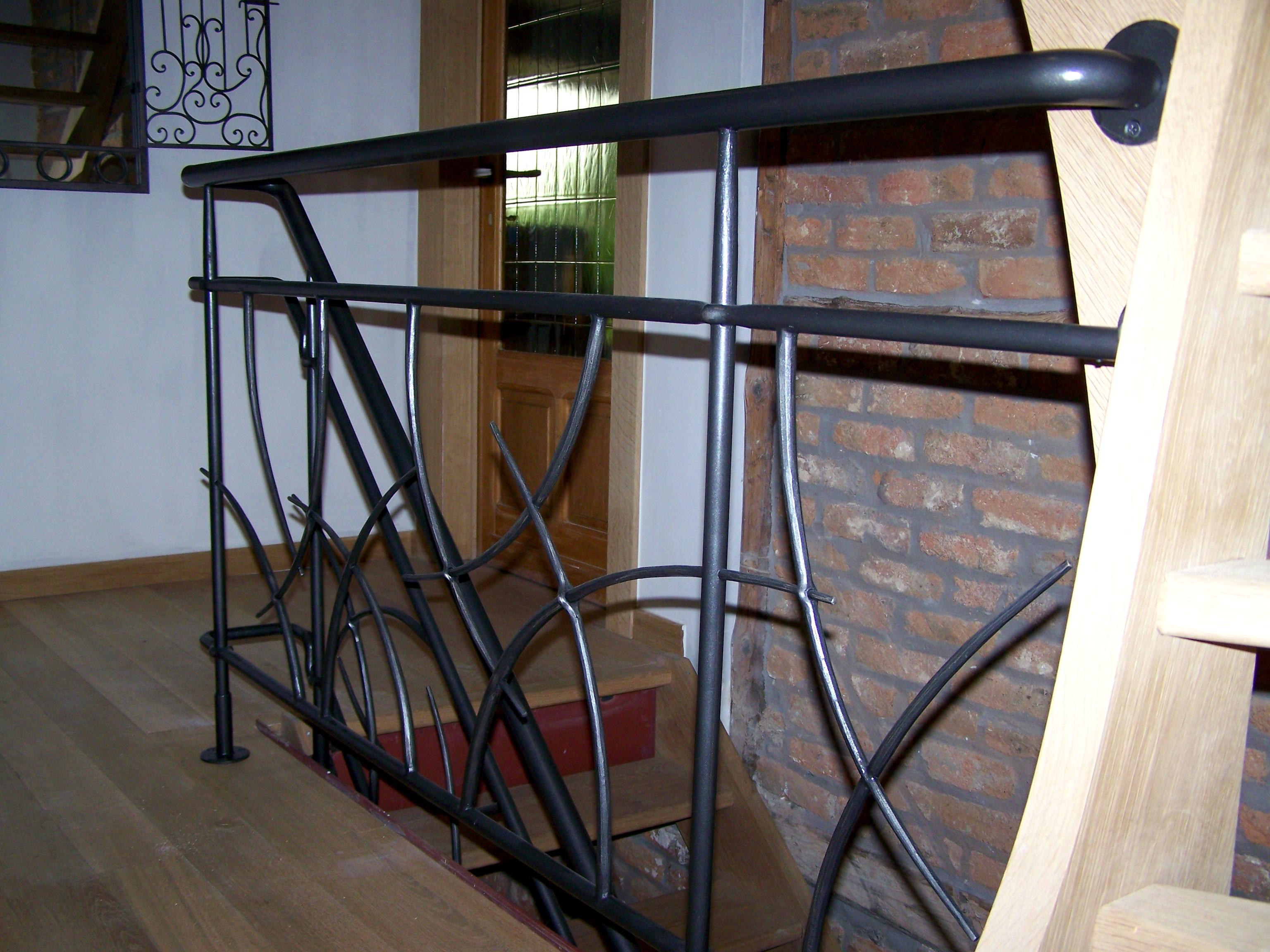rampe en fer forgé moderne