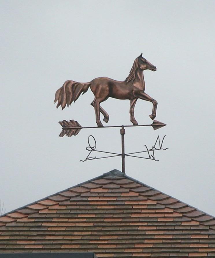 Windwijzer paard in koper